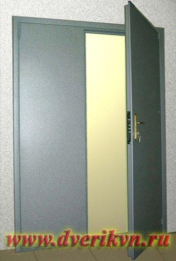 металлические двустворчатые двери для офиса с улицы